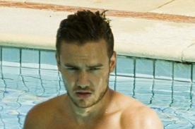 Liam Payne luce su torso desnudo en un día de piscina - Fotos