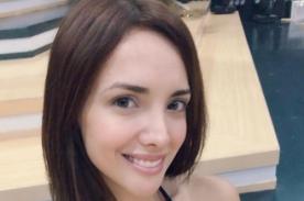 Rosángela Espinoza adelanta la navidad con infartante traje navideño