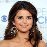 Selena Gomez agradecida por el apoyo de sus fans durante momentos difíciles