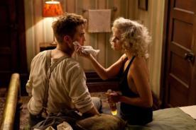 Reese Witherspoon encantada de haber trabajado con Robert Pattinson