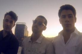 Jonas Brothers estrenan 'First Time' - Videoclip