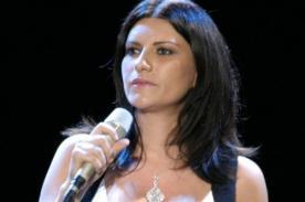 Laura Pausini: Crean 'slow motion' del tremendo descuido [VIDEO]