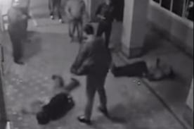 Boxeador noquea a 3 sujetos por defender a su novia [VIDEO]