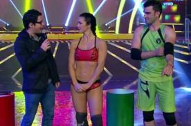 Combate: ¿Paloma Fiuza le da tremendo regalito a 'El Papi'? - VIDEO