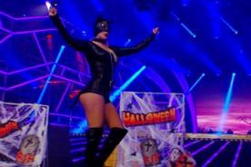 Combate: ¡Macarena Velez elevó la temperatura en Halloween con infartante disfraz de látex - VIDEO