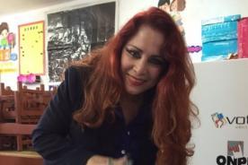 Monique Pardo canta en apoyo a PPK