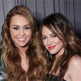 Hilary Duff y Miley Cyrus se reunieron para premios de caridad