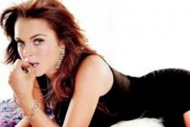 Lindsay Lohan vistió recatada para 'brunch' en la Casa Blanca