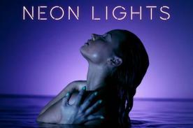 Demi Lovato promociona su canción 'Neon Lights' en topless