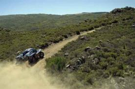 Rally Dakar 2014: Dos periodistas mueren tras volcarse camioneta en la que viajaban