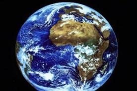 NASA invita a las personas a tomarse un selfie por el Día de la Tierra
