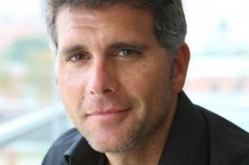 Christian Meier apoya a revista COSAS tras polémica con Nadine Heredia