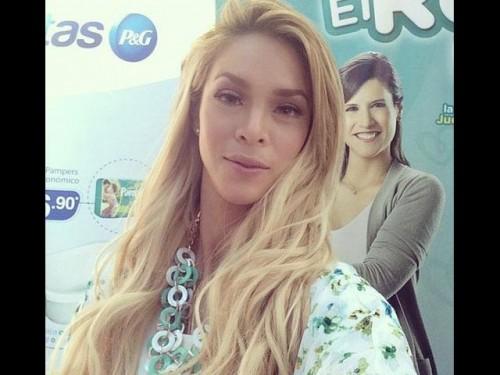 Twitter: Rodrigo González, 'Peluchin', se burla de Sheyla Rojas