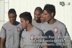 Video: Paolo Guerrero demuestra su habilidad en práctica del Corinthians