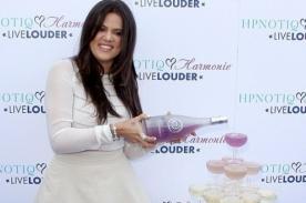 Viento casi le juega una mala pasada a Khloe Kardashian