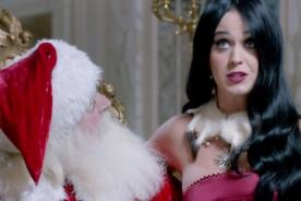 Video: Katy Perry le pide a Papá Noel conocer Machu Picchu