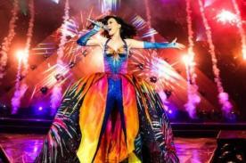 Foto: Katy Perry lució distintos vestuarios en el inicio su nueva gira