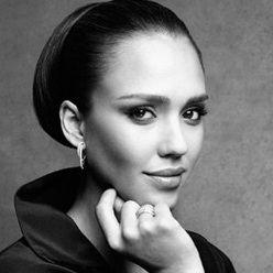 Jessica Alba es el nuevo rostro de la línea de joyas Piaget