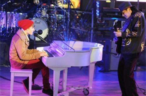 Justin Bieber criticado por cover de Let It Be en show de Año Nuevo