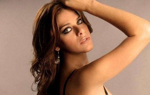 Giovanna Valcárcel: Me gustaría besar a Vanessa Terkes