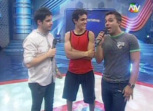 Combate ATV: Mario Irivarren aclaró que no es gay - Video