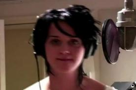 Video: Katy Perry muestra un adelanto de su película 'Part of Me' 3D