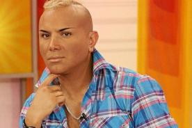 Carlos Cacho vuelve a arremeter contra Ezio Oliva y Karen Schwarz