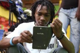 Haití: El país más pobre del tercer mundo fábrica su propia tablet - Foto