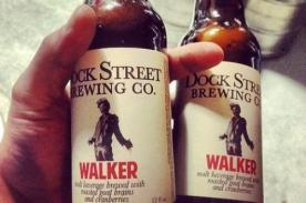 ¡Salud! Crean cerveza con cerebros inspirada en The Walking Dead - FOTOS