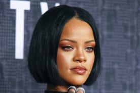 Rihanna deja sorprendidos a todos con drástico cambio de look