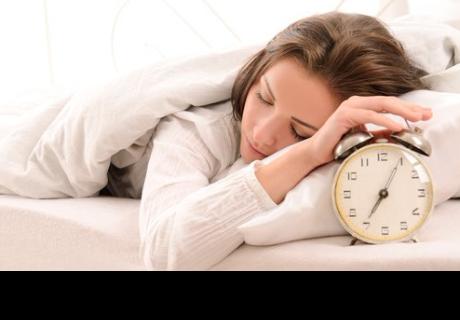Estas son las horas que debes dormir para ser feliz, según estudio