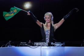 Paris Hilton debuta como DJ de música electrónica - Video