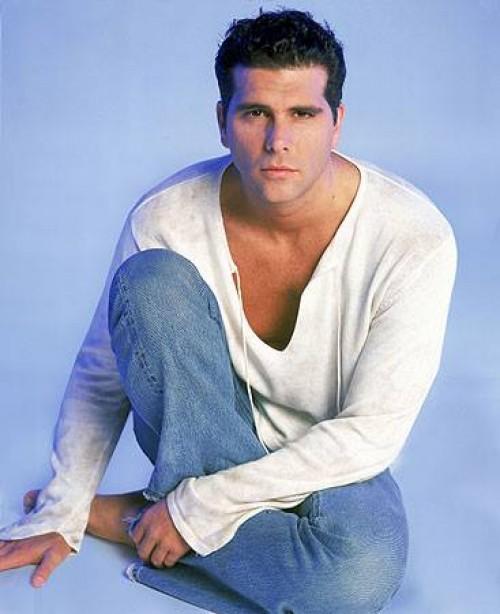 Christian Meir es elegido el más guapo de la cadena de Televisa