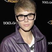 Justin Bieber confirma dueto con Usher en su álbum navideño