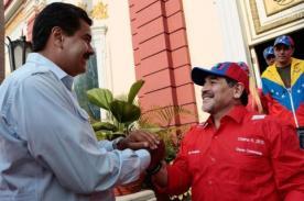 Venezuela: Actriz afirma que Maradona recibió dinero para apoyar a Maduro