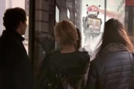 Inglaterra: Pepsi crea inusual publicidad asustando a las personas - Video