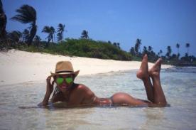 Combate: Diana Sánchez luce sexy bikini en playas de Colombia [Fotos]