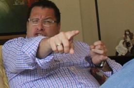 Phillip Butters: 'La mariconería deben desterrarse de la TV'