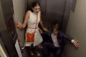 ¿Terrible broma en ascensor se sale de control?  - VIDEO
