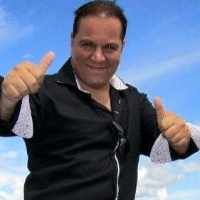 Mauricio Diez Canseco  no descarta reconciliación con Leslie Castillo