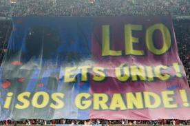 Barcelona: Messi recibió homenaje de todo el Camp Nou