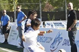 Real Madrid: Zinedine Zidane será mentor de un peruano en el Real Madrid