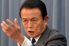 Insólito: Ministro japonés pide a los ancianos que se mueran más rápido