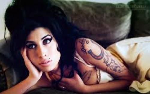 Amy Winehouse: Su padre lanzará su segundo disco