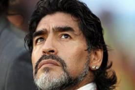 Diego Maradona ataca a un periodista y crea polémica - VIDEO
