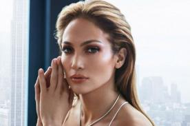 Jennifer Lopez mueve las caderas al ritmo de salsa [VÍDEO]